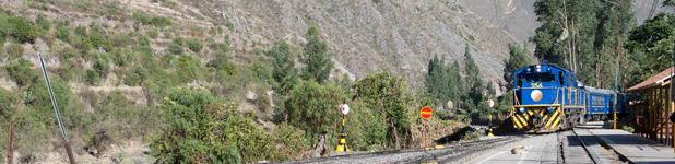 Ruta de tren Peru Rail hacia Machu Picchu