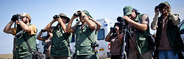 Contestants birding at Mejía Lagoons National Sanctuary.